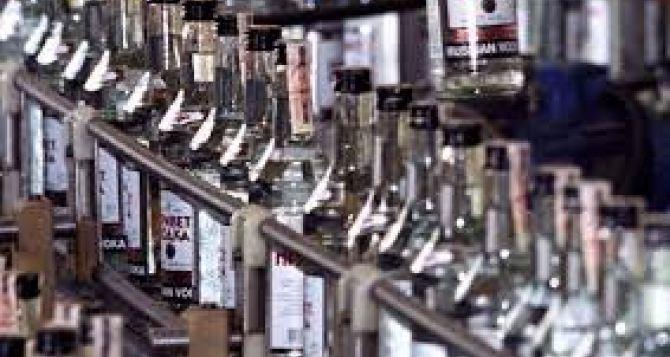 Смертоносные отравления водкой наХарьковщине: задержана хозяйка магазинов