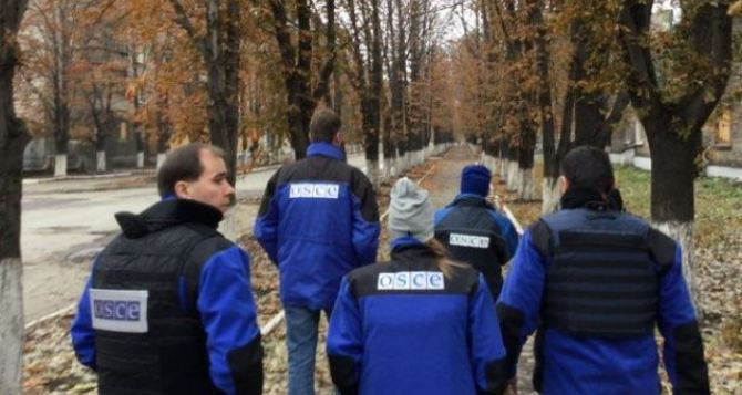 В Луганской области наблюдатели ОБСЕ попали под обстрел