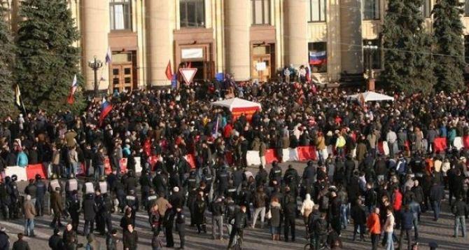 Захватчикам Харьковской ОГА дали по 5 лет тюрьмы