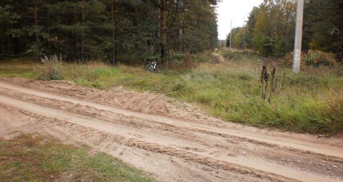 Между селами Крымское и Нижнее восстанавливают грунтовую дорогу