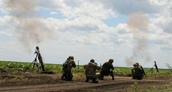 ЛНР: ВСУ обстреляли ополченцев измашины «скорой помощи»