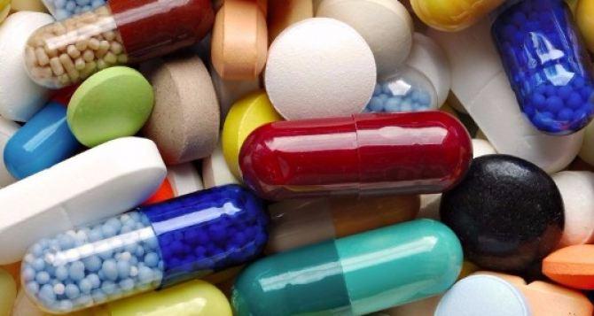 В Украине расширили черный список лекарств