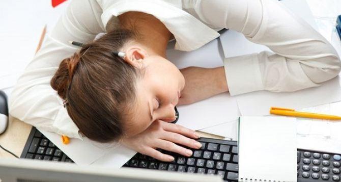 Недосыпание приводит к перееданию. —Исследования ученых