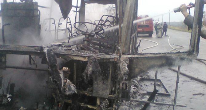 Утром под Харьковом сгорел рейсовый автобус