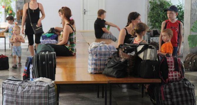 В Луганской области зарегистрировано 291 тыс. переселенцев