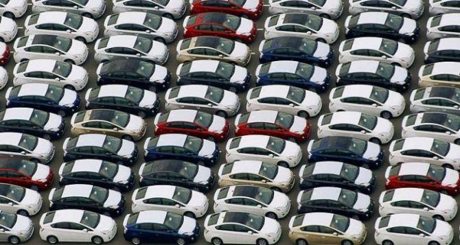 С Нового года в Украине могут подешеветь автомобили. —СМИ