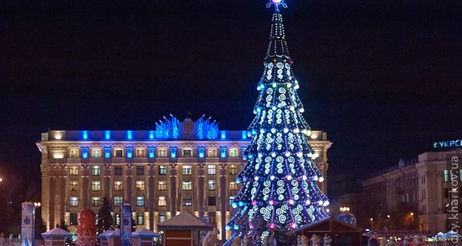 В Харькове сегодня откроют главную елку города
