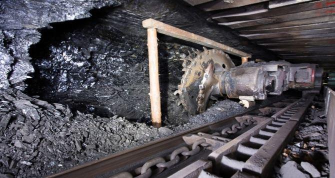 На одной из шахт Донбасса произошло обрушение породы