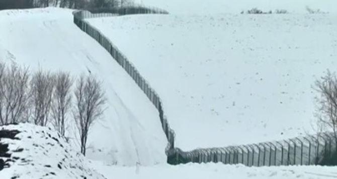 Недостроенная Стена. В Харьковской области построили половину, в Луганской— только начали