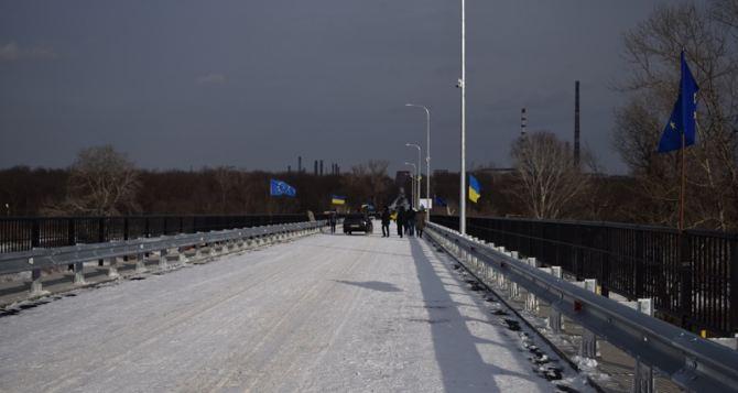 Когда по мосту между Северодонецком и Лисичанском пустят маршрутки? (видео)