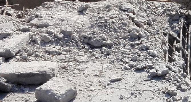 Обстрел Донецкой фильтровальной станции. Поврежден склад с хлором