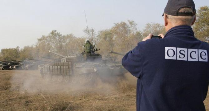 Наблюдатели ОБСЕ зафиксировали передвижение большого количество танков на Донбассе