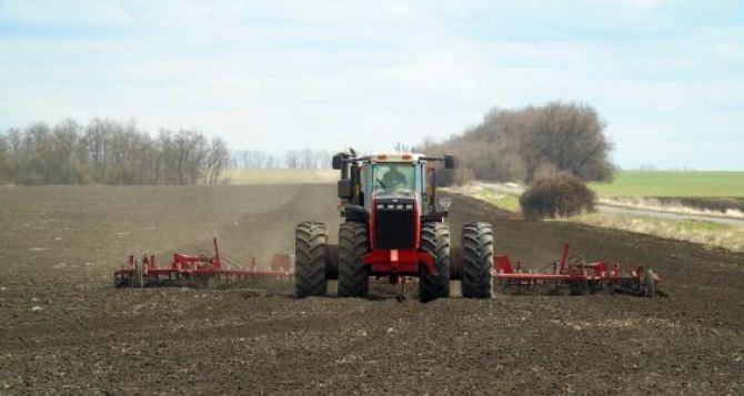 В Харьковской области начались весенние полевые работы