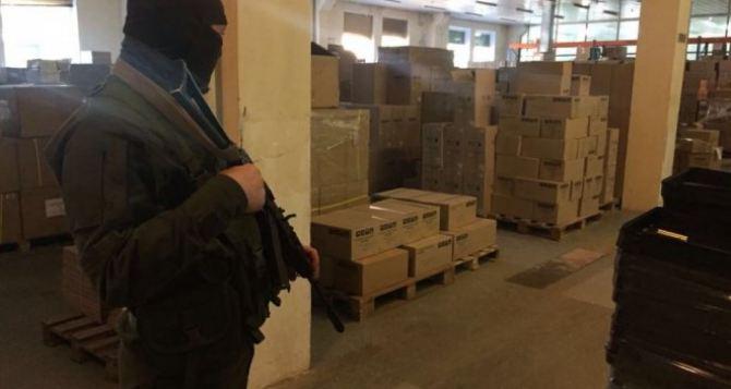 По документам на Кипр, по факту— на Донбасс. На границе под Харьковом задержали большой груз