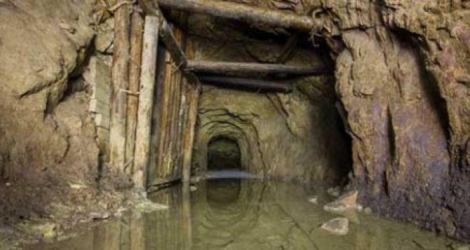 Три действующие шахты Луганской области могут быть затоплены