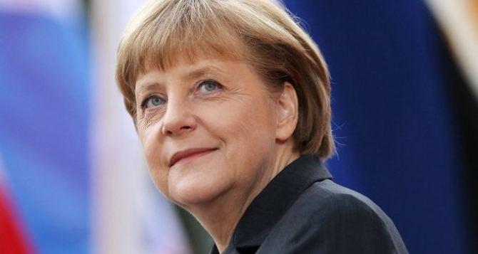 Ангела Меркель инициирует встречу глав «нормандской четверки» по Донбассу