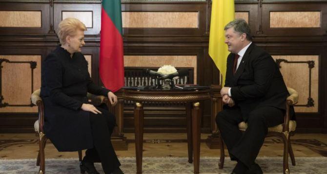 В Харьков сегодня приедут два президента: Порошенко и Грибаускайте