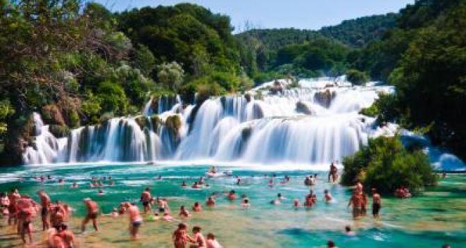 Дети с Донбасса проведут каникулы в Хорватии. —Черныш