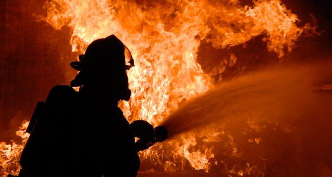 В Харькове горела многоэтажка. Жителей эвакуировали