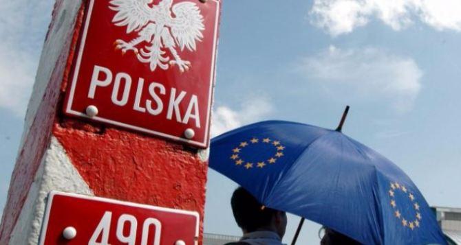 От войны на Донбассе в Польшу уехало 1,4 миллиона украинцев