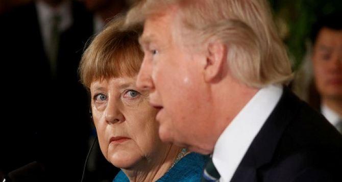 Трамп и Меркель обсудили ситуацию на Донбассе