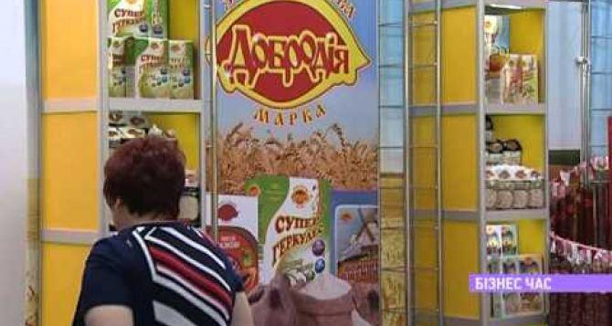 Жители жалуются на закрытие торговых киосков в Луганске