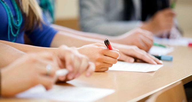 Абитуриенты еще 2 дня могут подавать бумажные заявления— МОН