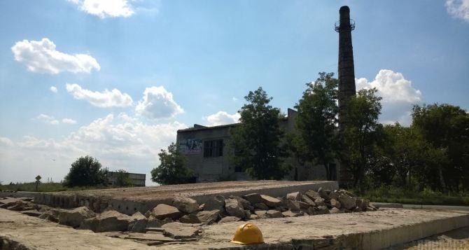 В Червонопартизанске возле памятника взорвалась мина. 5 пострадавших
