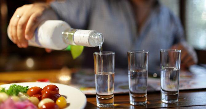 В Украине подорожают водка, коньяк и вина