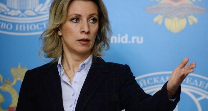 Вукраинской армии служат около 100 000 контрактников,— Порошенко