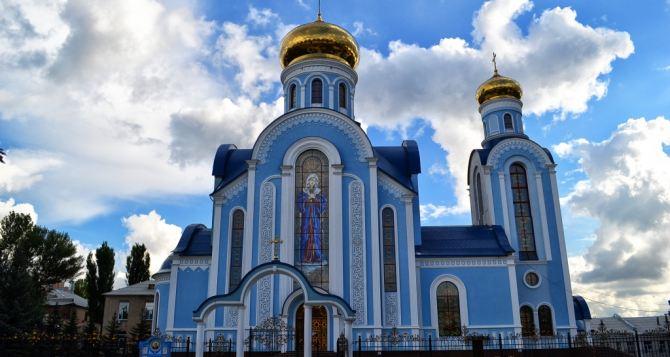 Плотницкий требует открыть парковку у храма в честь иконы Божией Матери «Умиление»