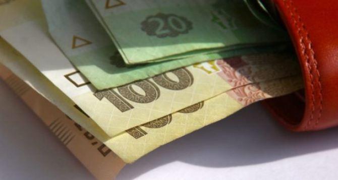 В Украине хотят увеличить минимальную зарплату