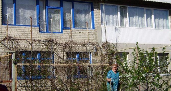 В Луганске более 2000 человек воспользовались программой восстановления жилья— администрация города