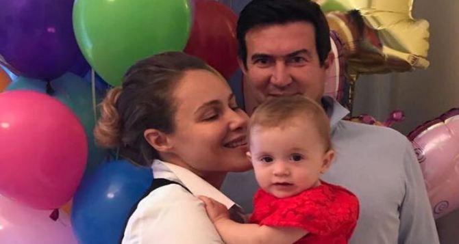 Королевская удочерила ребенка из Славянска (фото)