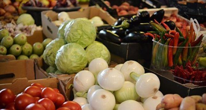 В самопровозглашенной ЛНР заявили о снижении цен на некоторые продукты