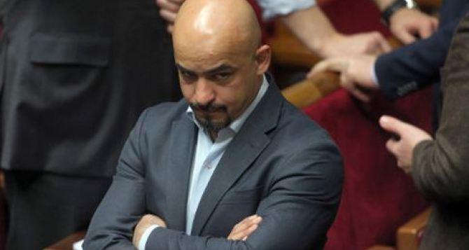 Найем устроил перепалку ссудьей из-за права граждан Донбасса голосовать навыборах