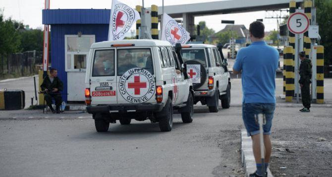 Боевики помешали патрулю ОБСЕ пересечь линию фронта возле Новотроицкого