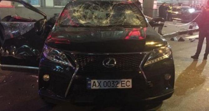 Трагедия в Харькове: девушка на Лексусе въехала в толпу людей (фото, видео)
