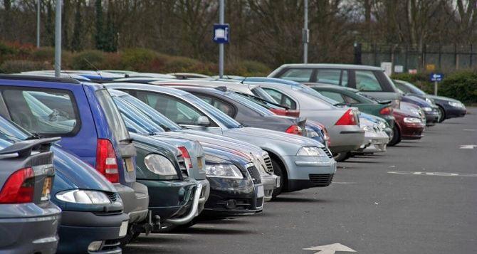 В самопровозглашенной ЛНР заявили об увеличении импорта автомобилей
