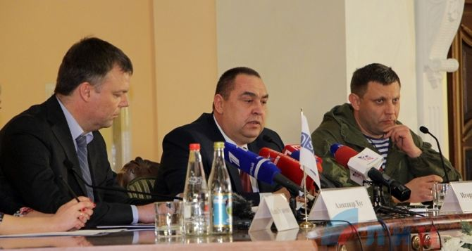 Хуг планирует встречу с Захарченко и Плотницким