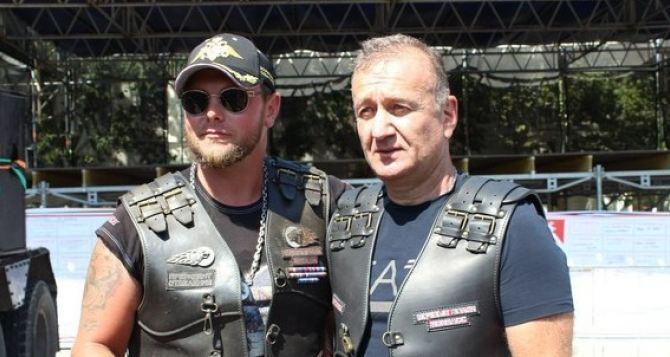 «Прокурор» посадил Манолиса Пилавова... на мотоцикл