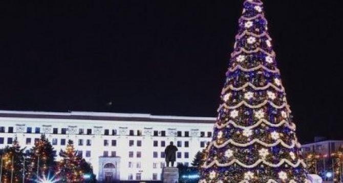 В Луганске отменят комендантский час