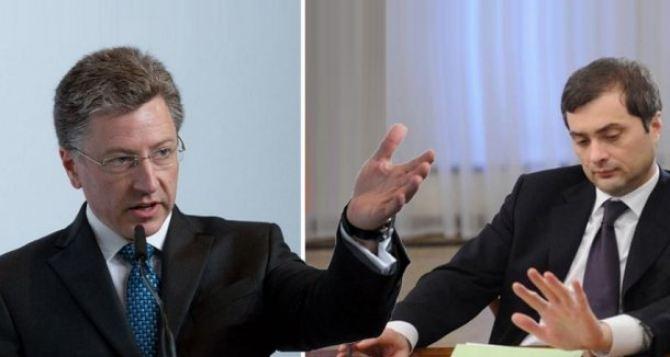 Волкер не дурак, а Сурков— сверкающий волшебник,— британский эксперт