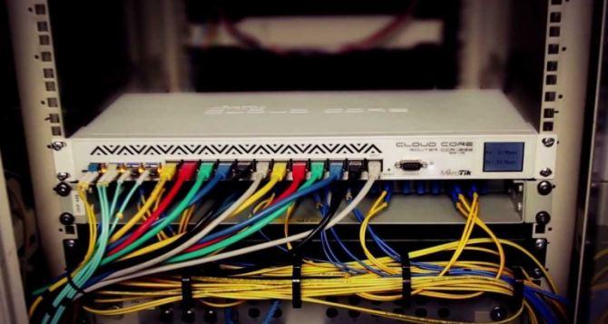 США берут в Украине под контроль сотни тысяч маршрутизаторов и устройств хранения данных. Под предлогом предотвращения масштабной хакерской атаки