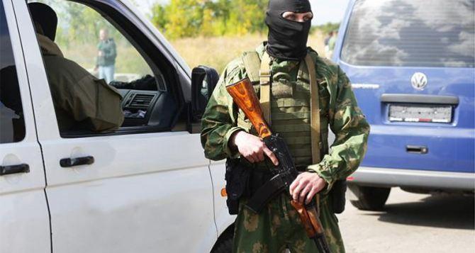 Бронетехнику на улицах Луганска в ЛНР объяснили проведением учений