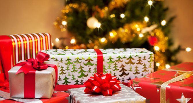 В Луганске рассказали какие дети бесплатно получат новогодние подарки
