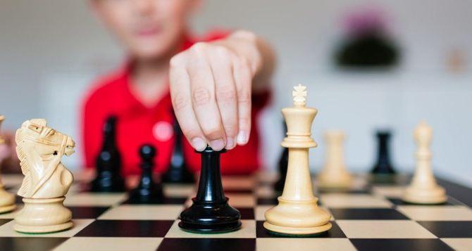 Шахматный фестиваль прошел в Луганске