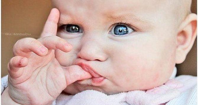 46 малышей родились в Луганске на минувшей неделе