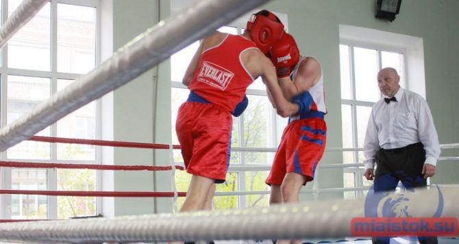 Луганские боксеры одержали победу на международных соревнованиях в Орловской области
