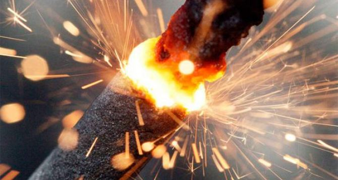 Полицейские напомнили луганчанам о мерах безопасности при эксплуатации пиротехники